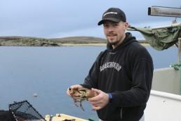 Joachim Ingolfsen holder krabbe